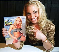 Toronto Sun: Stratus the ultimate WWF Diva